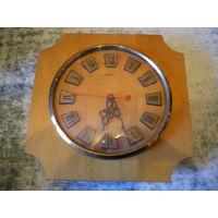 """Часы """"Маяк"""", знак качества СССР, рабочие."""