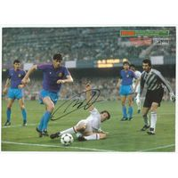 Marco Van Basten(Милан, Италия). Живой автограф на листе из журнала. Формат А4.