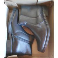 Полусапоги зимние кожаные (новые) размер 42.