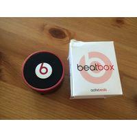 Колонка Bluetoothbeat box, красный цвет. Размер: высота 5 см, диаметр 6 см. Б/у недолго.Лежит без дела.  Портативная колонка – полезный современный девайс, который понравится каждому любителю музыки.