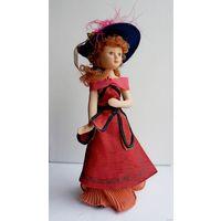 Кукла фарфоровая 19 см .