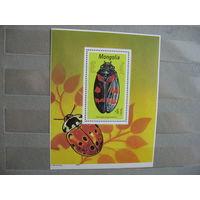 Монголия.  Жук, блок.  1991 г.  Ми.- 5,5 евро.
