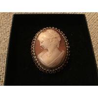 Антикварная брошь-кулон Камея на Раковине Англия