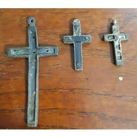 Нательные католические крестики