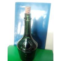 Старинная бутылка из под ликера BENEDICTINI.Начало XX-го века.