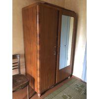 Шкаф антикварный, платяной, массив дерева,  сталинских времён