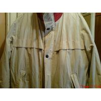 Куртка -ветровка с капюшоном  большого размера.