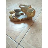 Туфли на утренник золотые р.34