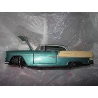 Машинка . Motormax . Chevy Bel Air 1955 год