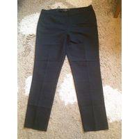 Стильные деловые брюки на 50-52 размер, покупала в Европе, не подошли по размеру, ни разу не надела. Длина 103 см, ПОталии 49 см, ПОбедер 58-63 см (отлично тянутся). Очень качественная ткань плотная,