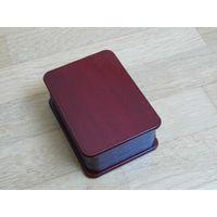 Очень красивая лакированная коробочка футляр для украшений и мелочей