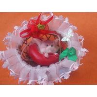 Сувенир мышь в гнезде