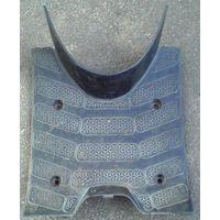 Пластик: полик на скутер Сузуки Сепия-Адресс