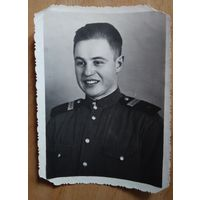 Фото сержанта. 1953 г. 8х11 см.