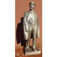 Фигура Ленина, высота 35см.