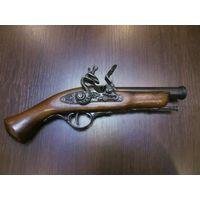 Пистолет винтажный сувенирный, металл, дерево