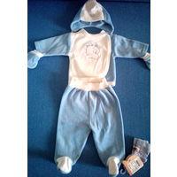 Костюмчик для новорожденного, новые носочки в подарок