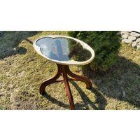 Стол венские ноги столешница стекло в рамке 19 век ноги.