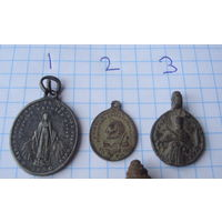 Подборка медальонов и крестов