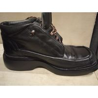 Брендовые ботинки BATA, кожаные, в идеальном состоянии