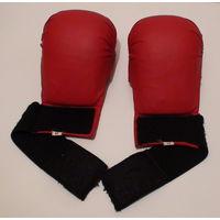 """W: Перчатки красные для единоборств (каратэ), накладки, размер """"М"""""""