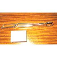 Инструмент медицинский (коллекция), лот No4: зажим для прикрепления салфеток