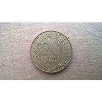 Франция 20 сантимов, 1984г. (D-4)