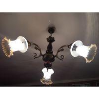 Люстра Югославия бронза или латунь дерево на 3 лампы С плафонами стиль Ивица Ромашка