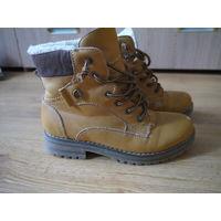 Зимние ботинки. Размер 35