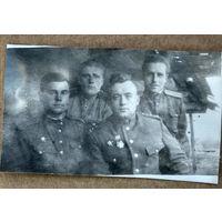 Группа офицеров-зенитчиков. Награды. Фото 1944 г. 5х8 см.