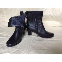 Сапоги зимние, черные, новые, женские, кожаные, мех натуральный 37 размер, каблук 5см.