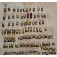Лот 175 малых и больших лампочек от различных приборов с рубля