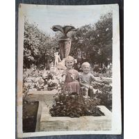 Фото. Дети на курорте. 1957 г. 9.5х12 см.