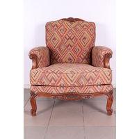 Кресло винтажное.Бельгия 50-е.Резное.Мягкое.Art-925.