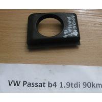 100614 Накладка для прикуривателя 357857326 VW Passat B4