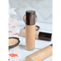 Тональная основа BECCA Aqua Luminous Perfecting Foundation