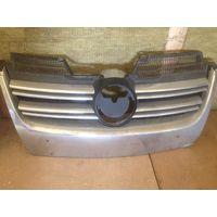 VW JETTA пластины решётки радиатора хром 1KM898653