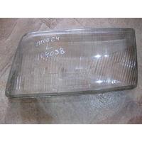 104038Щ Audi 100 C4 стекло левой фары неоригинал