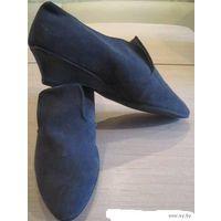 Новые туфли замшевые осенние 36-37