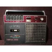 Магнитофон парус 302 СССР кассетный