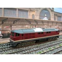 Дизельный локомотив BR 130 005-2 PIKO. Масштаб HO-1:87.