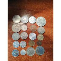 Набор из 57-ми монет .