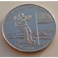 """Либерия. 5 долларов 2000 год  KM#589  """"Первый человек на Луне"""""""