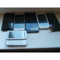 Телефоны одним лотом на запчасти или восстановление.