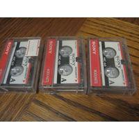 Микрокассеты Sony  б. у., 3 шт. одним лотом