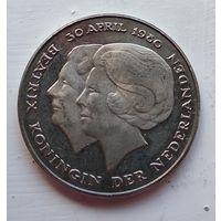 Нидерланды 2.5 гульденa, 1980 Коронация королевы Беатрис 5-3-7