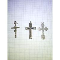 Три крестика