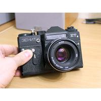 Фотоаппарат Зенит ЕТ, Гелиос 44М-4