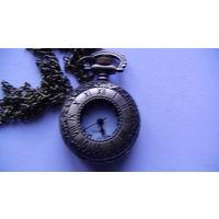 Стиль ретро, старинные бронзовые , карманные часы, кварцевые, колье кулон на цепочке, часы карманные. распродажа