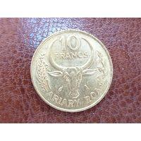 10 франков 1989 Мадагаскар